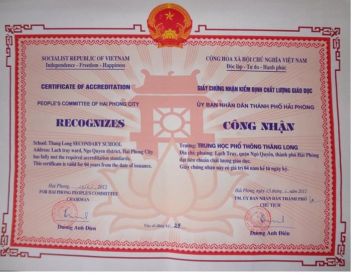 Ủy Ban Nhân Dân Thành Phố Hải Phòng Công Nhận Trường Thpt Thăng Long Đạt  Tiêu Chuẩn Giáo Dục (26-06-2012)